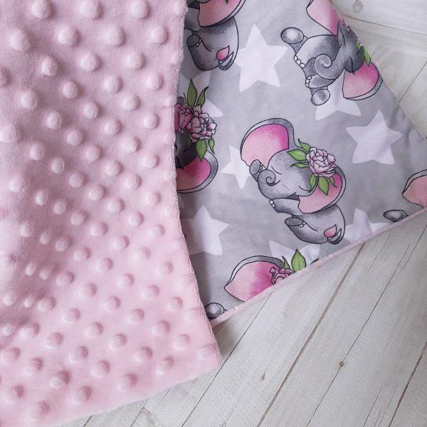 Rožinis pledukas mergaitei